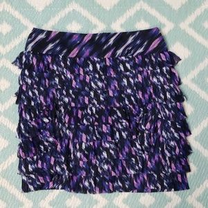 Ann Taylor sz 4 Tiered Pencil Skirt Black Purple